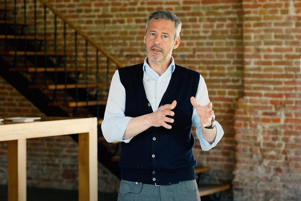 Prof. Dr. Régis Lemmens, sales expert for BEyond